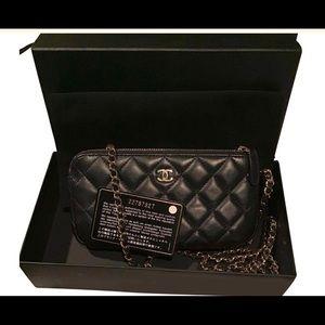 Chanel clutch on chain WOC black Lambskin